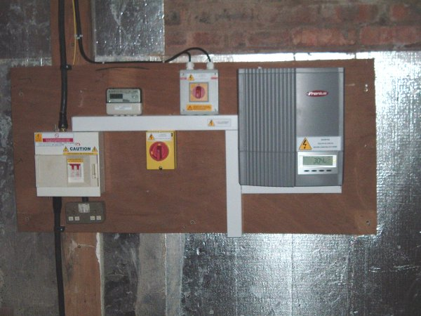 Dscf0151 a site for microgeneration projects solar pv installation photovoltaic wiring diagram at reclaimingppi.co